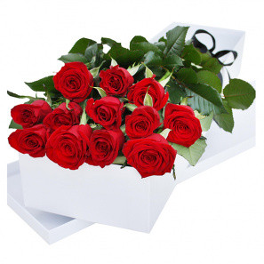 One Dozen Gift Boxed Roses - Subscription buy at Florist